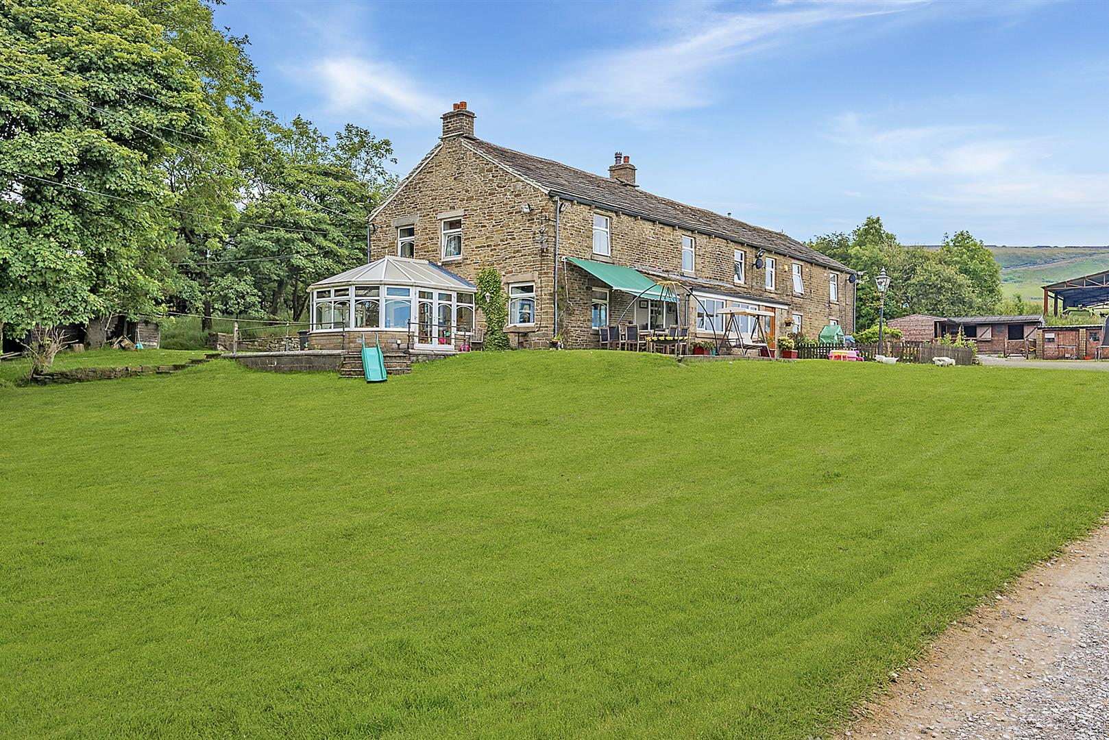 9 bedroom house For Sale in Bolton - Main Image.